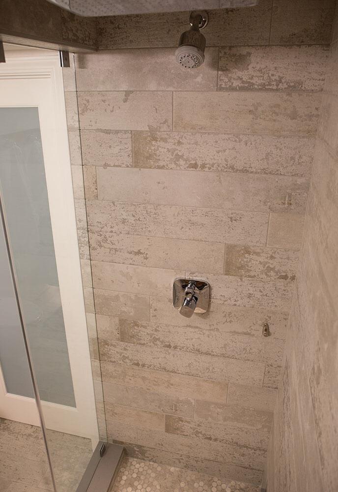 Rustic-modern-bath-2